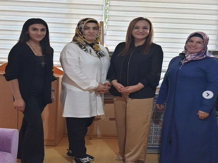 Mardin&39;de Kadınların El Emeği ürünlerini ürettikleri İstasyon Adem Genel Müdürü sevgili Sevim hanımla görüştük,.