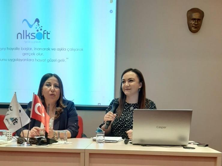 Anadolu Üniversitesi Kadın Girişimciler ve Kariyer Planlaması Semineri