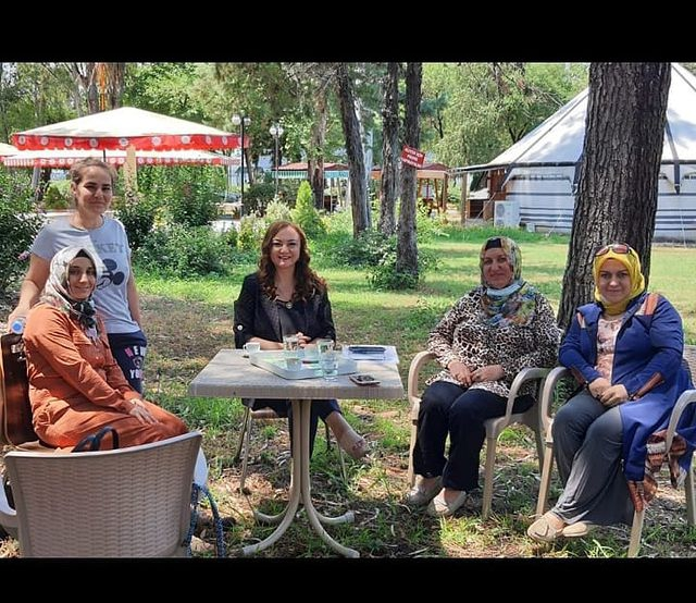 Osmaniye Kadın Girişimi ve Kalkınma Kooperatifi ile eğitim ve kendi ürettikleri ürünleri online mağazalarından tüm Türkiyeye satmaları konusunda planlamaları yaptık.