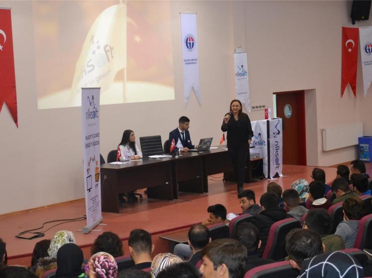 Gaziantep Üniversitesi Oğuzeli MYO ' da Merhaba E-Ticaret Konferansına Katıldık